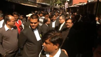 Photo of India: Several Injured In Lucknow Court Blast