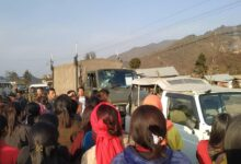 Photo of India: Violence Erupts In  Senapati, Manipur, As People Attack Army Convoy