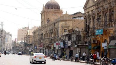 Photo of کراچی میں ڈیڑھ ماہ بعد جمعہ کا سخت لاک  ڈاؤن ختم