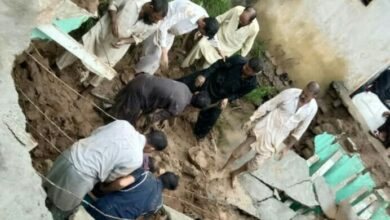 Photo of آزاد کشمیر میں طوفانی بارشیں، لینڈ سلائڈنگ اور مکان کی چھت گرنے سے 3بچے جاں بحق