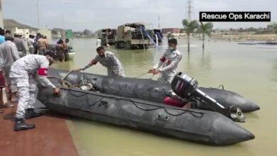 Photo of کراچی سے بدین تک سیلاب سےمتاثرہ علاقوں میں پاک بحریہ کا ریلیف اینڈ ریسکیو آپریشن جاری