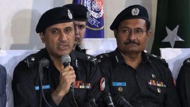 Photo of سال نو پر فائرنگ، کراچی پولیس کاعوام کو شکایت کے اندراج کیلئے واٹس ایپ نمبر جاری