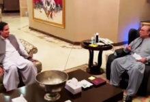 Photo of اگر ہم سب اکھٹے نہ ہوئے تو خان ہمیں کھا پی جائیگا، آصف زرداری کی پرویز الہٰی سے گفتگو